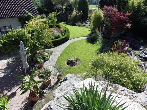 Wege Im Garten by Wege Im Garten Anlegen Terrasse Gestalten Bilder