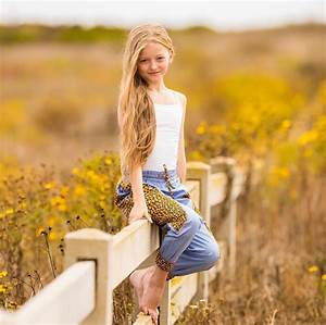 Friday Fashionista - Emily Dobson - Ali Levine
