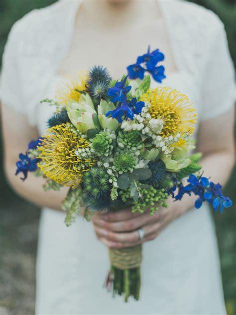 yellow  blue bridal bouquet ideas