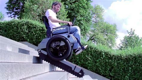 video ce fauteuil electrique pour handicape monte les