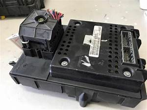 2002 Jeep Grand Cherokee Wg Limited  4x4  4 Sp Automatic 4x4 4 7l Multi Point F  Inj Body Control