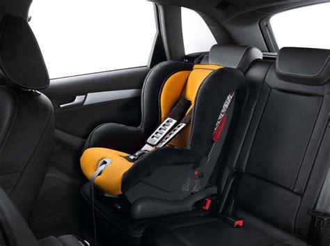 quel siège auto bébé choisir choisir un siège auto pour bébé devenir grand