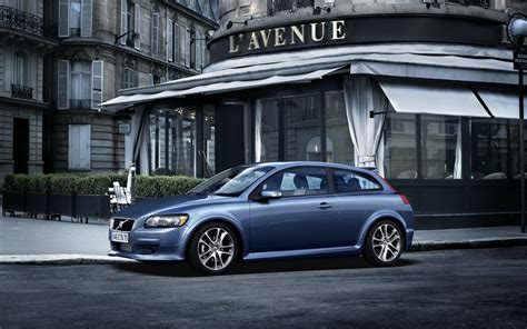 Volvo Backgrounds by Volvo Hd Wallpaper Background Image 1920x1200 Id