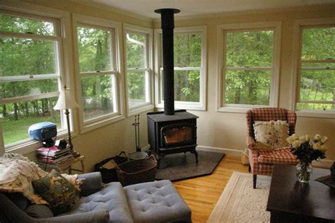 Enclosed Sunroom Ideas by 17 Best Images About Sunrooms Screen Porches Decks