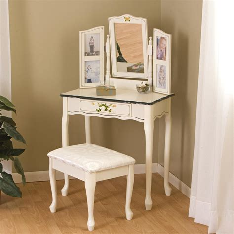 Corner Bedroom Vanity by Corner Bedroom Vanity Table With Mirror Home Decor Ideas
