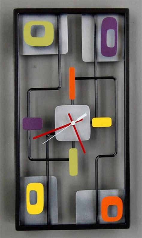 retro clocks  taste  time