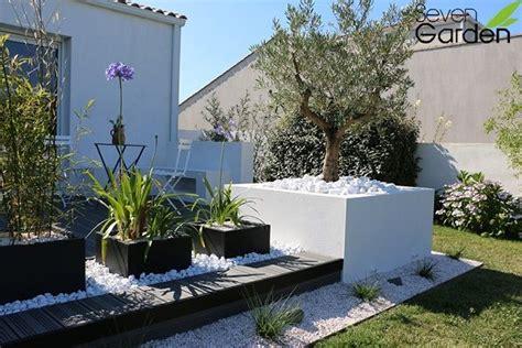 decoration jardiniere exterieure