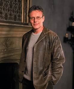 Rupert Giles - Buffy the Vampire Slayer and Angel Wiki