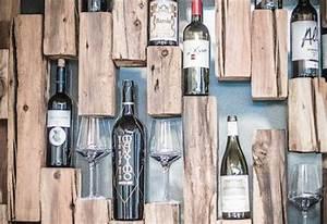Alkohol Bar Für Zuhause : weinregal mit altholz balken inspiration pinterest design w nde und lounges ~ Markanthonyermac.com Haus und Dekorationen