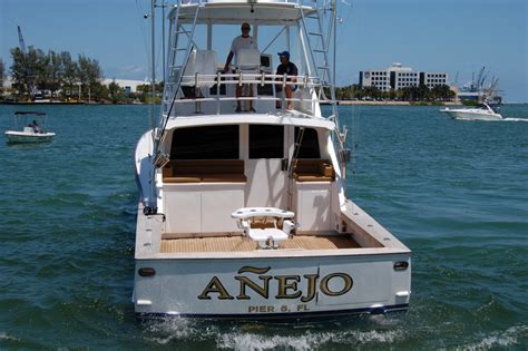 Fishing Boats For Sale Miami Florida by 1982 Used Monterey Convertible Fishing Boat For Sale