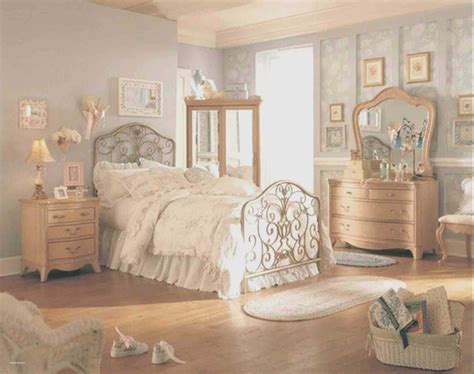 Vintage Bedroom Furniture by Beautiful Bedroom Ideas For Vintage