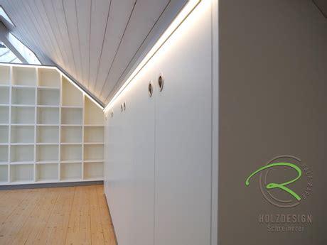 Büromöbel In Dachschräge