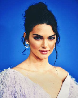 kendall jenner criticized  models  runway comment
