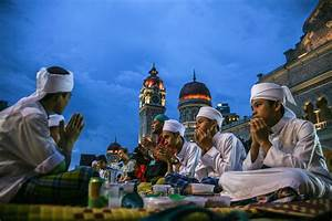 Traveling During Ramadan in Asia: What to Expect  Ramadan