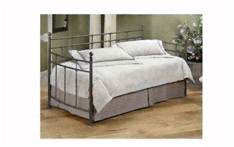 Pop Up Trundle Beds by Daybed Pop Up Trundle Bed
