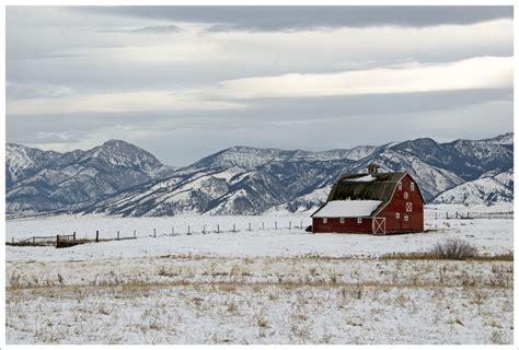 Barn & Bridger Range, near Bozeman, Gallatin Co, MT