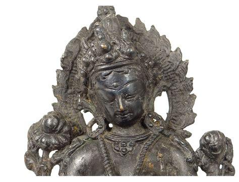 sculpture statuette bronze tara bouddha bouddhisme hindou