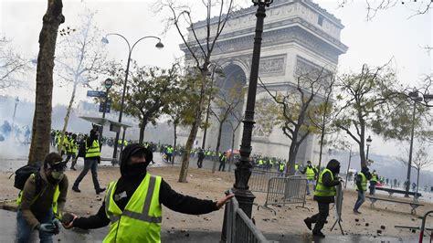 frances yellow vests protests rage  president macron