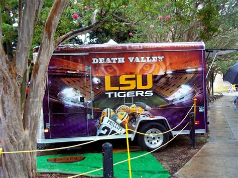 LSU tailgate winner! | Lsu, College football tailgate ...