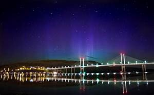 Pictures  Stunning Pictures Show Northern Lights Over