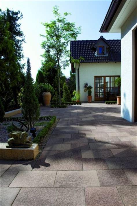 unilock umbriano unilock walkway with umbriano paver photos