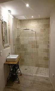 creation d39une salle d39eau dans une de mes chambres With salle de bain design avec vasque salle de bain pierre