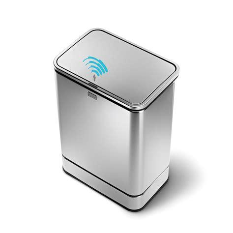 poubelle de cuisine design simple human des poubelles design et intelligentes