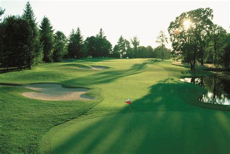 Golf Hd Picture by Golf Course Wallpapers Wallpaper Cave