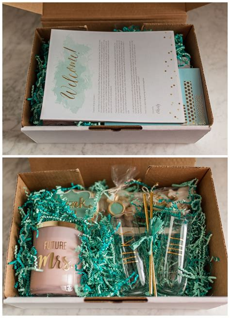 client booking gift box  images wedding