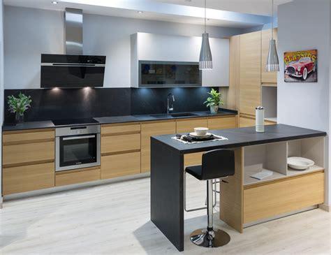 la madera el referente de una cocina  estilo cocinas rio