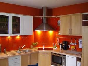 davausnet cuisine rouge orange avec des idees With couleur de peinture de salon 4 cuisine couleur orange pour un decor moderne et energisant
