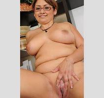 Mature Nude Wife Glasses Xxx Pics Fun Hot Pic