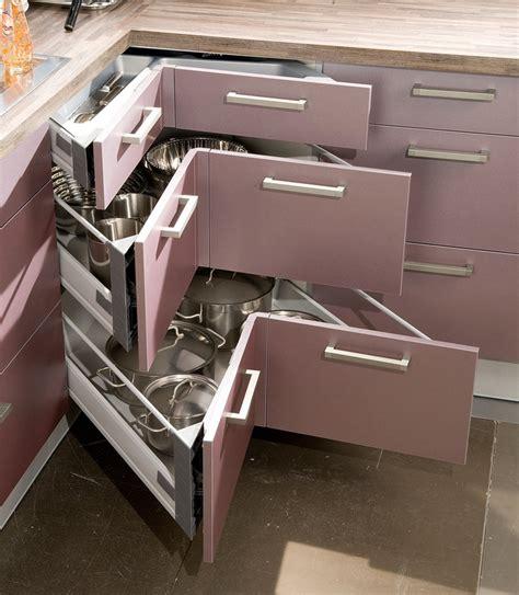 casseroliers et tiroir d 39 angle accessoires astucieux