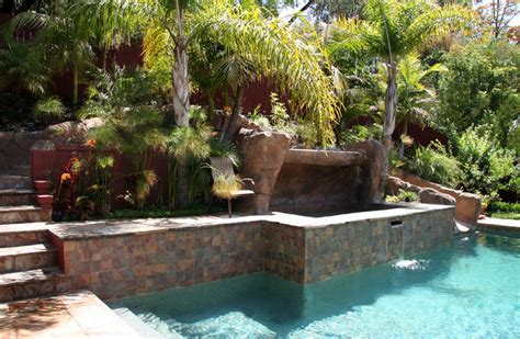 pool  hillside   raised spa tropical