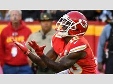 Tyreek Hill listed with neck injury on Chiefs injury