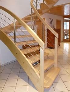 Wendeltreppen Berechnen : halbgewendelte treppe architektenh user halbgewendelte treppe ins obergeschoss bild 3 sch ner ~ Themetempest.com Abrechnung