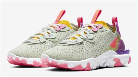 Shop from the world's largest selection and best deals for nike react trainers for men. Nike React Vision Pistachio Frost Vivid Purple | The Sole ...