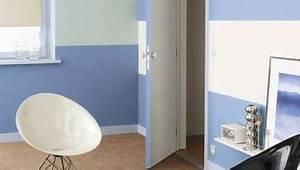peindre une chambre avec des bandes bleues sur murs blancs With superb couleur peinture mur exterieur 1 peindre un mur conseils preparation des murs et video