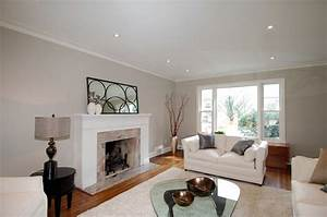 Living room paint colors neutral for Neutral living room paint