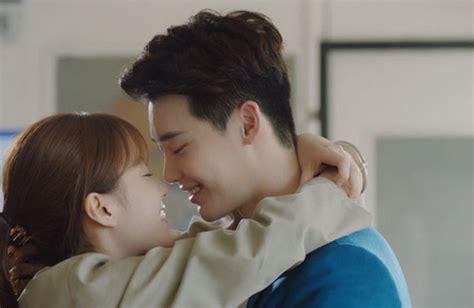 kiss scene    romantic  drama scene