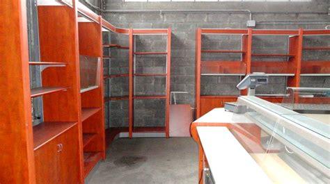 arredamento negozio alimentari usato retrobanchi usati negozi panetterie pasticcerie gelaterie