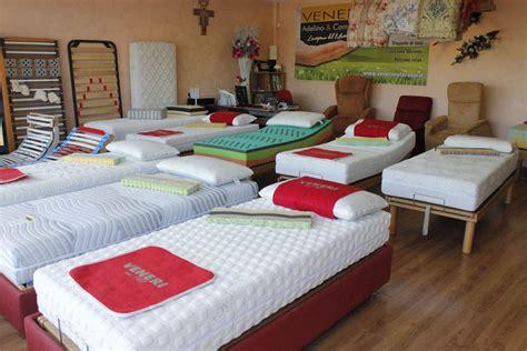 show room materasso veneri materassi in