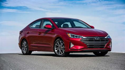 2019 Hyundai Elantra First Drive Safer, Sharper, Sedanier