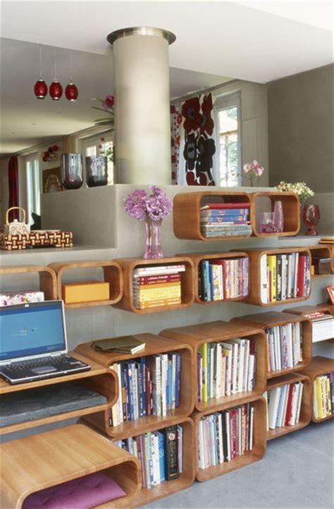 bureau des 騁rangers comment ranger bureau de chambre maison design bahbe com