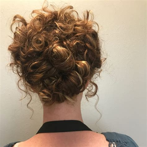 Updo Hairstyles For Hair by 36 Curly Updos For Curly Hair See These Ideas For 2018
