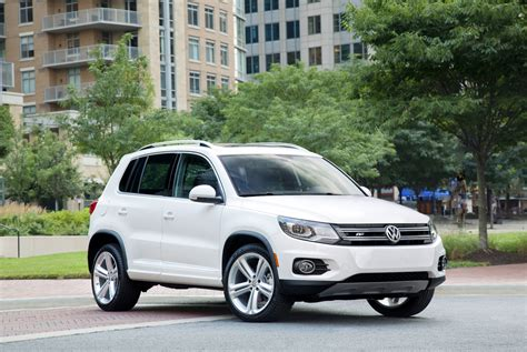 volkswagen tiguan vw safety review  crash test