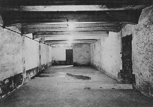 How did the Auschwitz I gas chamber look in January 1945 ...