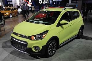 Activ Automobiles : chevy spark activ gets a lift to make a pint sized crossover news ~ Gottalentnigeria.com Avis de Voitures