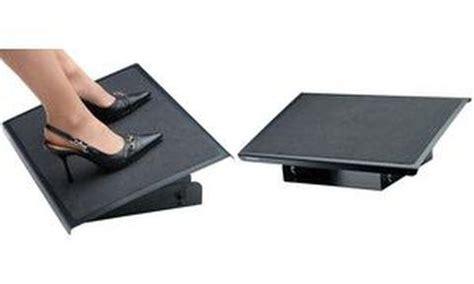 repose pied pour bureau repose pieds bureau table de lit a roulettes