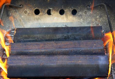 Heizen Mit Holz Und Kohle